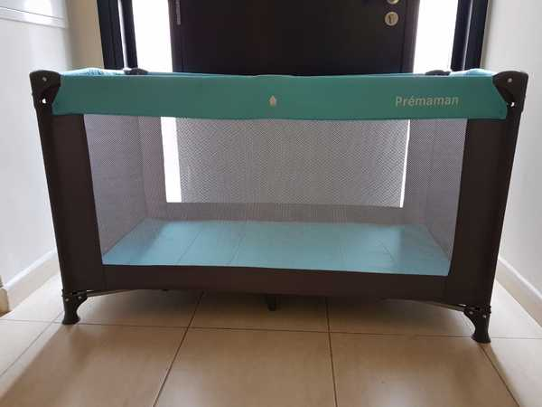 Used Foldable Travel Baby Cot Premaman in Dubai, UAE