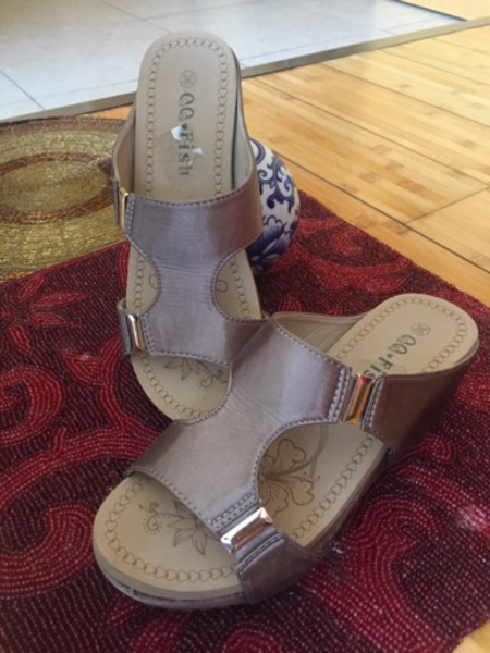 Used 36size ladies shoes new comfortable  in Dubai, UAE