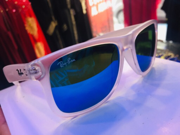 Used Rayban sunglass (New) in Dubai, UAE