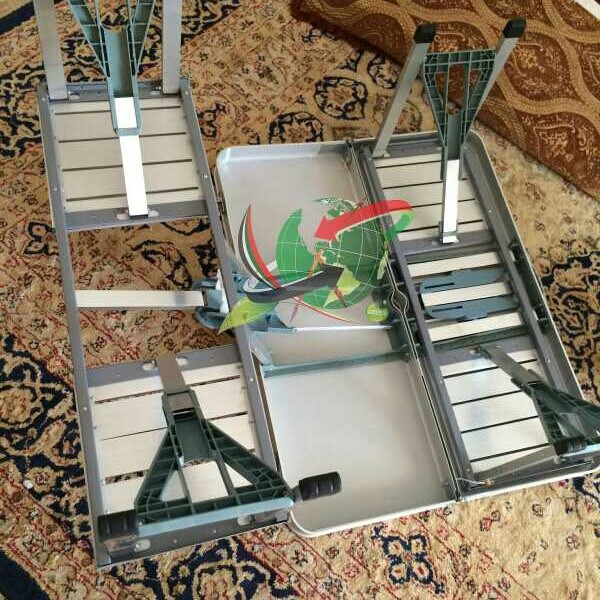 Used Picnic Table Foldable And Easy To Carry in Dubai, UAE