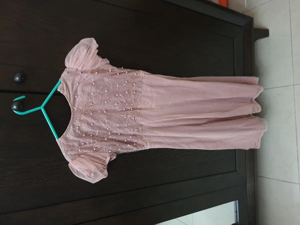 Used New  2 pc frok for 6-7years girls in Dubai, UAE