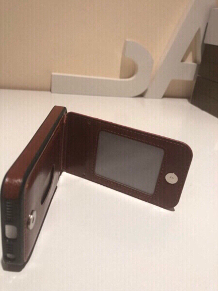 Used iPhone 5 cover 5G with card holder in Dubai, UAE