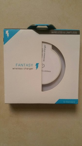 Used Fantasy wireless charger for QI phones in Dubai, UAE
