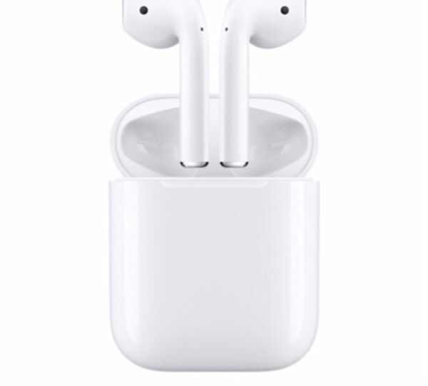Used Selling Brand new AirPods   in Dubai, UAE