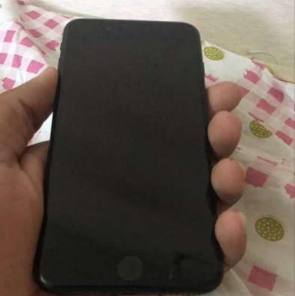 iphone 7 plus matte black 128gb With Warranty