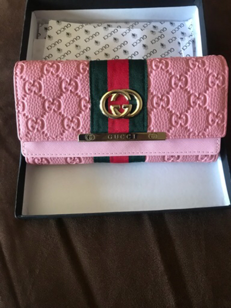 Used Gucci wallet  in Dubai, UAE