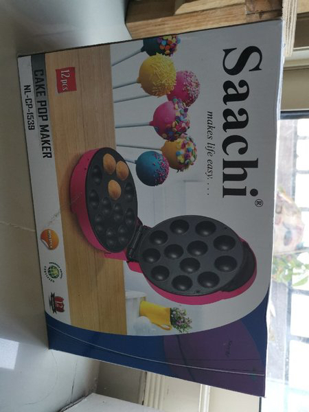 Used Brand new saachi cake maker never used in Dubai, UAE