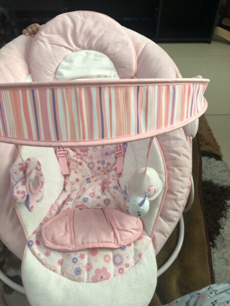 Used Baby Chair Bought for 165 from baby shop in Dubai, UAE