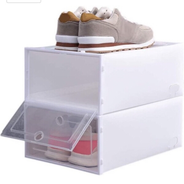 Used self-buildable shoe box 1 pcs in Dubai, UAE