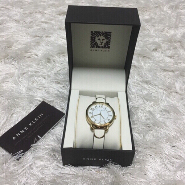Used ANNE KLEIN watch (with box) in Dubai, UAE
