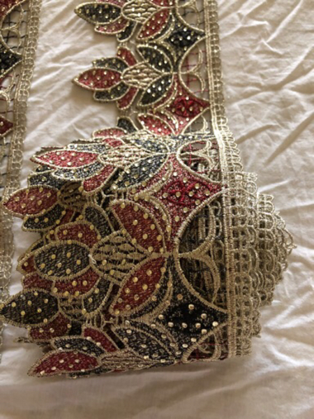 Used Lace brand new. -430 cms.. in Dubai, UAE