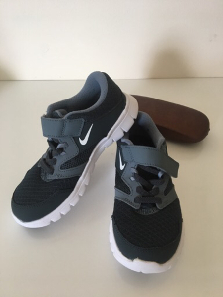 Used Nike Kids sneaker #authentic in Dubai, UAE