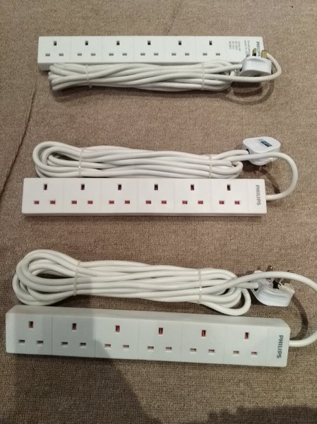 Used 6 socket with 5 meter long wire (3 pcs) in Dubai, UAE
