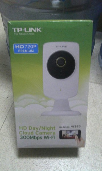 Used tp-link nc250 day/night wifi camera in Dubai, UAE
