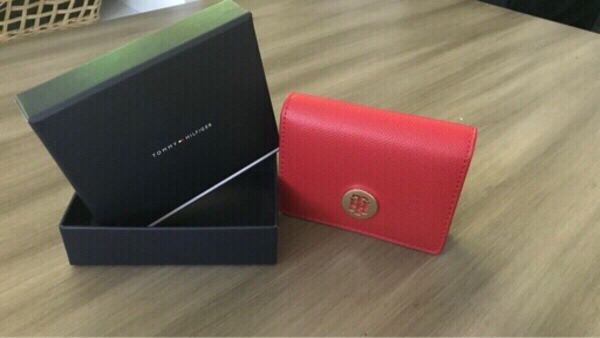 Used New Tommy Hilfiger honey cc holder in Dubai, UAE