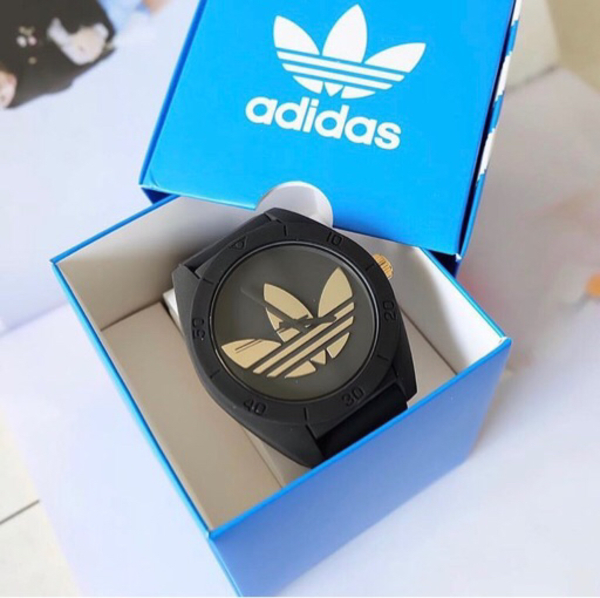 Used Brand New Adidas Santiago Golden Logo in Dubai, UAE