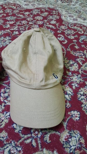 Used 2 pcs cap used in Dubai, UAE