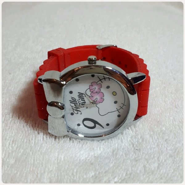Used Fabulous red HELLO KITTY WATCH in Dubai, UAE