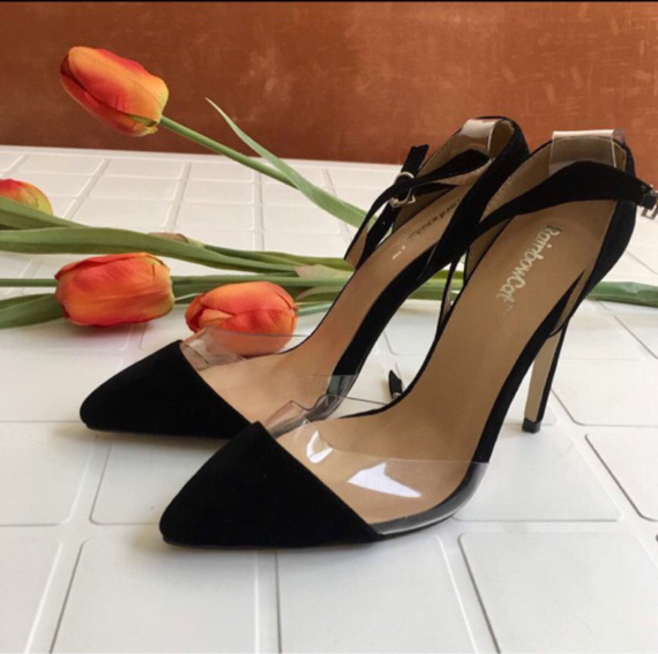 Used Black Shoe Sandals with high heels in Dubai, UAE