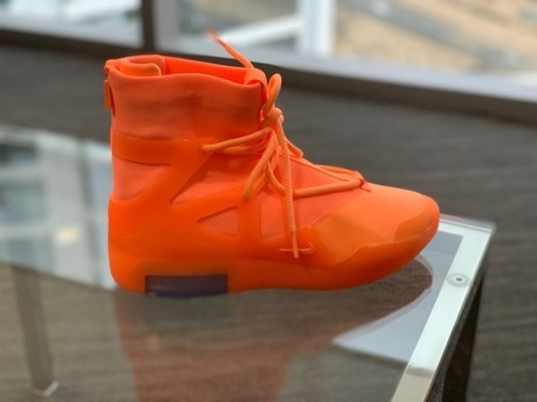 Used Nike fear of god orange pulse in Dubai, UAE