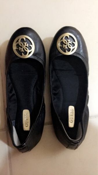 Used Guess pumps - Black- UK size 3 in Dubai, UAE