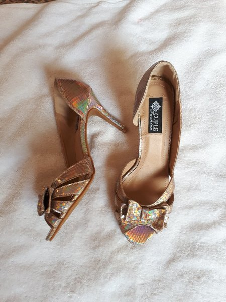 Used Fabulous sandals cuple brand size-39 in Dubai, UAE