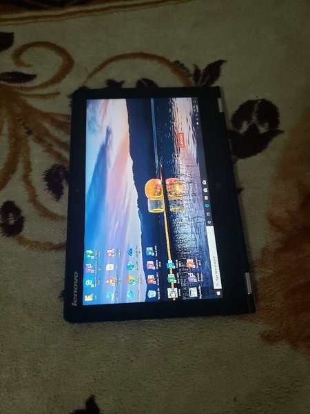 Used Lenovo Core M 8GB 128GB SsD Touch screen in Dubai, UAE