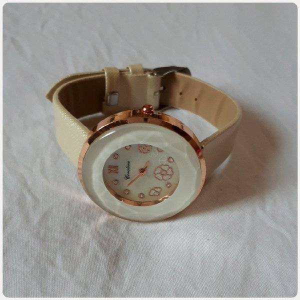 Used Watch fashion beige color for woman in Dubai, UAE