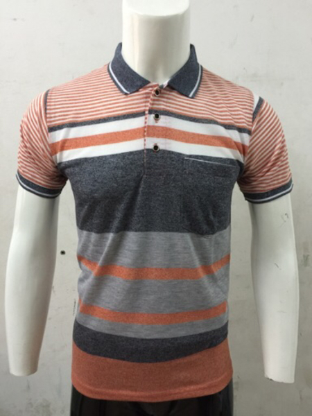 Used Polo T-shirt for Men - Size Medium in Dubai, UAE