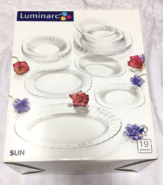 Used 19Pcs DinnerSet+6Pcs BowlSet in Dubai, UAE