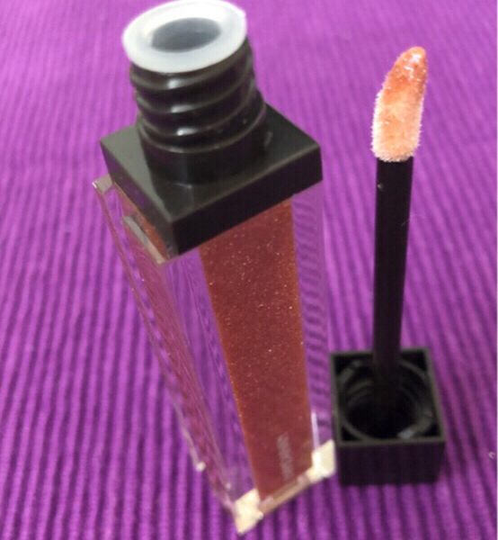 Used Waterproof Lip Gloss in Dubai, UAE