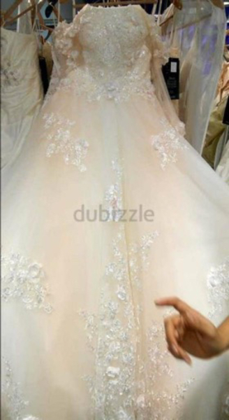 Used Wedding dress in Dubai, UAE