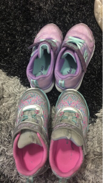 Used 2 skechers shoes 24 and 26 kids toddler in Dubai, UAE