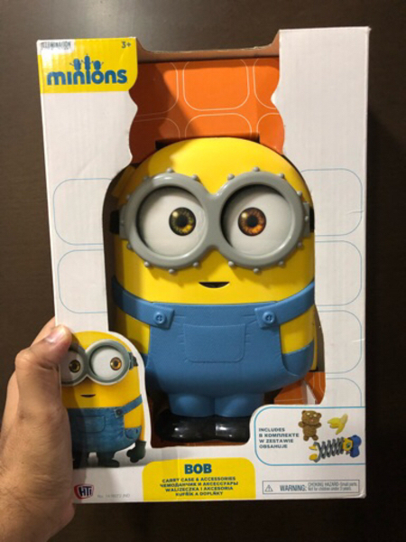 Used Stock clearance 3 pieces of minion carry in Dubai, UAE
