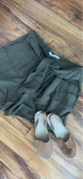 Used Mango bermudas in Dubai, UAE
