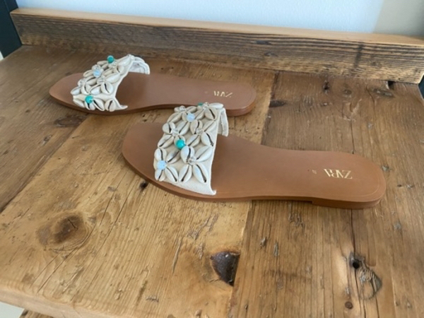 Used New ZARA shell slippers in Dubai, UAE