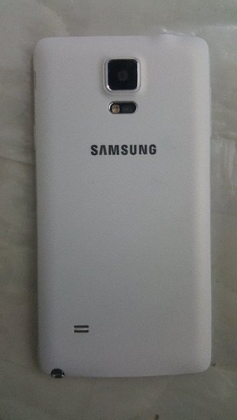 Used Samsung Galaxy Note4 Excellent Condition in Dubai, UAE