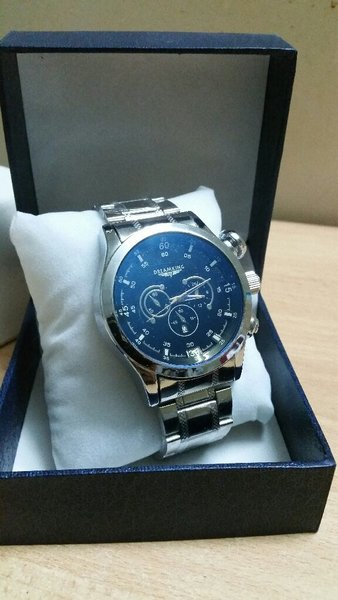 Used Dreamking Watch Blue Dial Authentic in Dubai, UAE