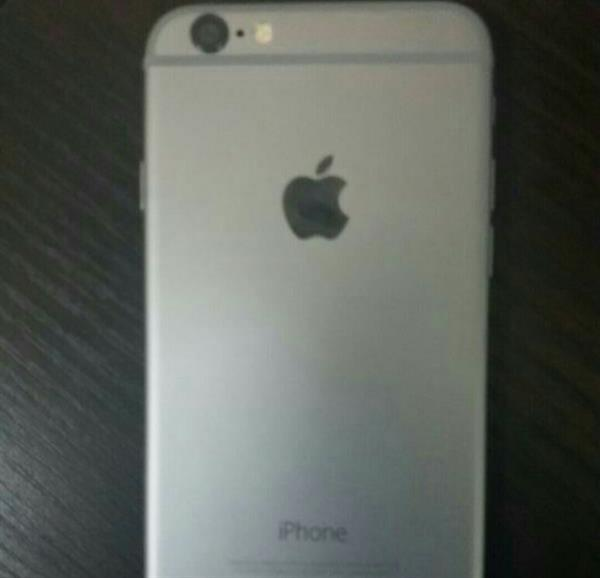 IPhone 6. 64gb Silver color, Perfect condition.