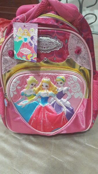Used Kids 3D princess school trolley bag in Dubai, UAE