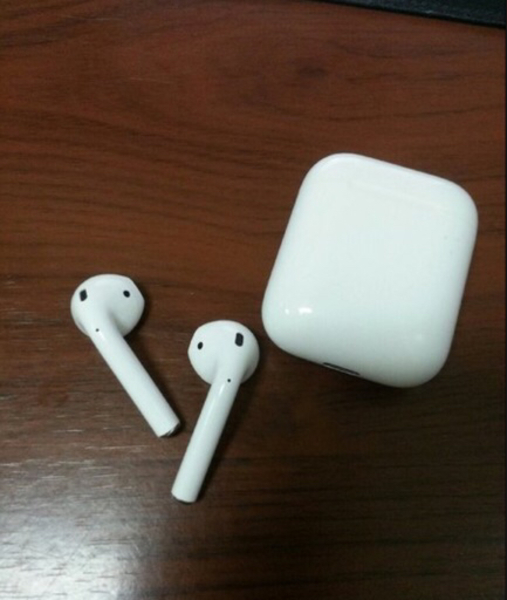 Used Airpods new  in Dubai, UAE