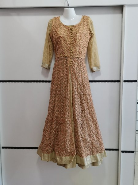Used New ladies awesome dress/gown in Dubai, UAE