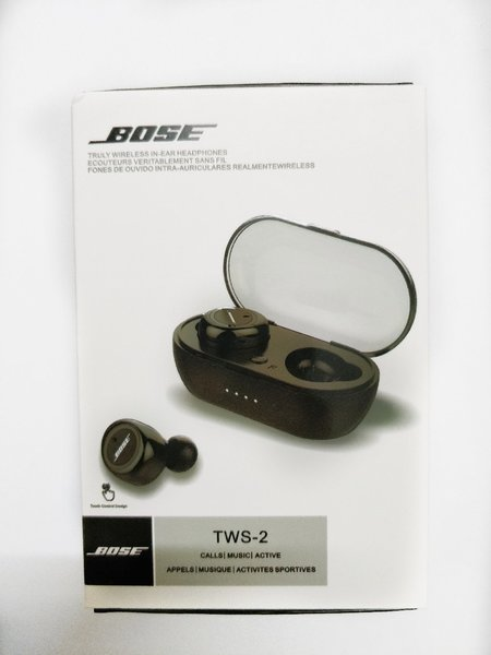 Used BOSE AIRPODS WIRELESS PACKED PC in Dubai, UAE