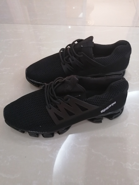 Used Black sneackers size 40-41 in Dubai, UAE