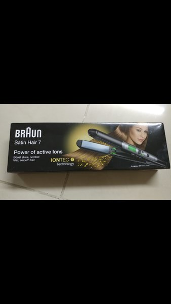 Used BrAun hair straightner brand new in Dubai, UAE