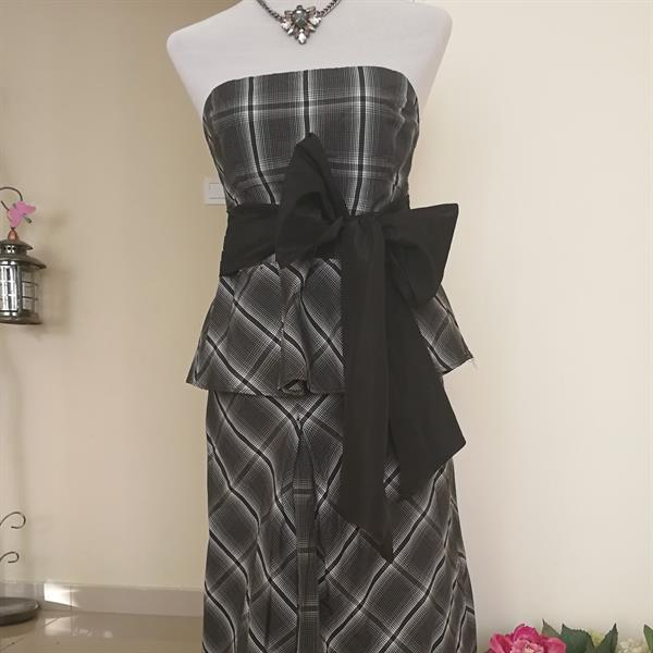 Used Zara Long Skirt And Top With Bow. in Dubai, UAE