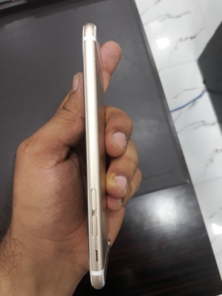 Used I phone 6 16 gb with face time  in Dubai, UAE