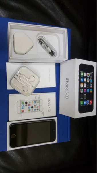 Used iPhone 5s 32GB like new in Dubai, UAE