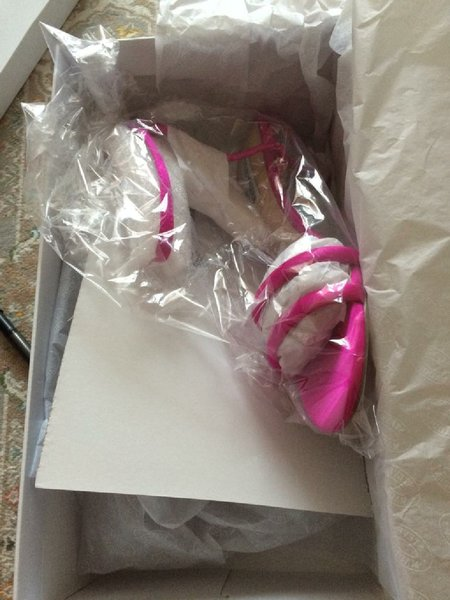 Used New Steve madden sandals in Dubai, UAE
