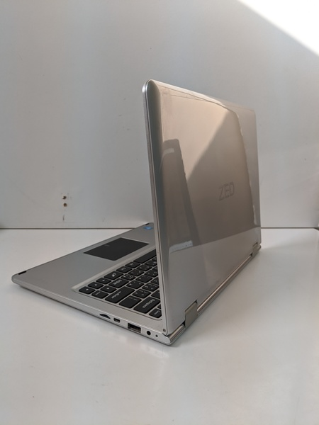 Used ZED TOUCH MINI LAPTOP AND TABLET in Dubai, UAE